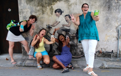 power selfie with penang street art